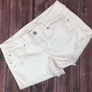 American Eagle Jean Cut Off Shorts Off-White